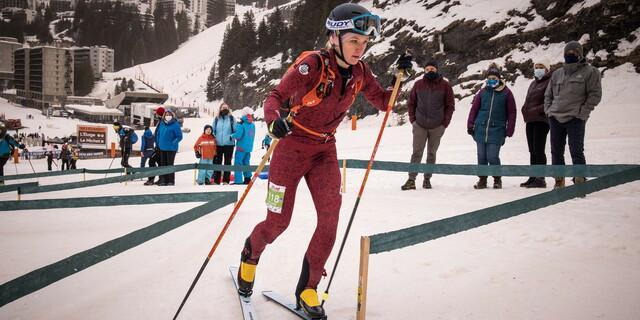 Tatjana Paller in der ersten Schwierigkeit - Foto: ISMF / Maurizio Torri