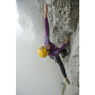 Und hopp: Julia Pfanzelt lässt dank Kraft und Technik den echt ätzenden Rossi-Überhang entspannt aussehen.