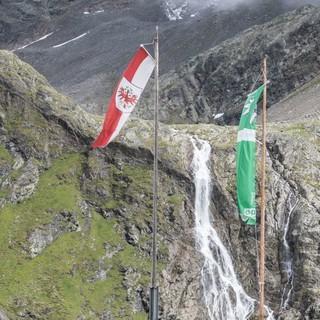 Talschluss an der Winnebachseehütte mit beeindruckendem Wasserfall, Foto: DAV/ Oliver Guse