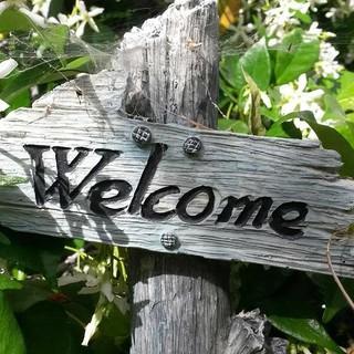 Willkommen-Schild, Foto: pixabay/rebeck96