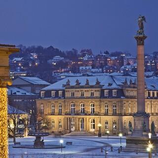 Der Schlossplatz in Stuttgart im Winter. © Stuttgart-Marketing GmbH/Foto: Werner Dieterich