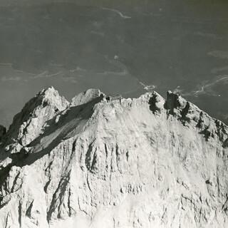 Zugspitzgipfel um 1920. Bild: Archiv DAV