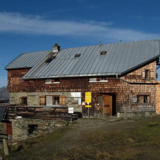 BonnMatreier Hütte1