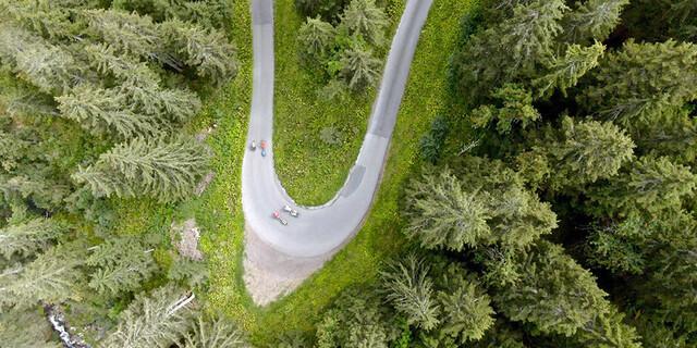 Nicht immer sind die Straßen so leer wie hier auf dem Weg zum Eigergletscher. Foto: Jochen Schmoll