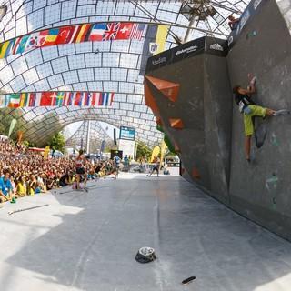 Im Münchner Olympiastadion beim Boulder Weltcup 2015, Foto: Marco Kost