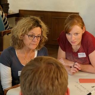 Angeregter Austausch im World Café, Foto: JDAV/ Arne Hamann