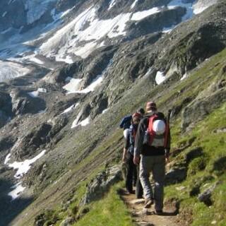 Anmarsch zum Taschachferner, Ötztaler Alpen, Tirol, Österreich