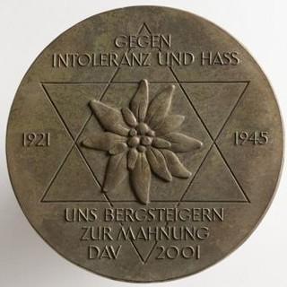 """Plakette """"Gegen Intoleranz und Hass"""" von 2001"""