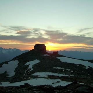 Sonnenuntergang an der Hochstubaihütte; Foto: DAV Sektion Dresden / Egon Höller
