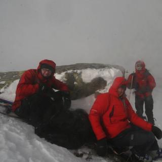 In der Schweiz sind (stürmische) Skitouren wie hier nahe dem Oberalppass kommendes Wochenende möglich. Foto Pröttel