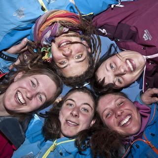Ein starkes Team - Von links im Uhrzeigersinn: Yvonne, Caro, Christina, Charlotte, Mirjam