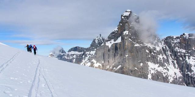 Fettes Gemäuer: Der Gipfelkopf vom Titlis. Foto: Folkert Lenz