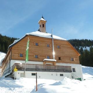 Bochumer Hütte im Winter, Foto: DAV/Gisela Schöngraf