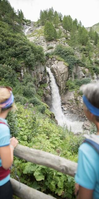 Wasserfälle üben auf viele eine magische Anziehungskraft aus. Foto: DAV/Jens Klatt