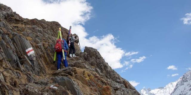 Kettenweg hinauf zur Chelenalphütte. Foto: Folkert Lenz