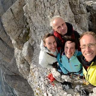 Vier Preußen im Dolomitenglück: Ralf Gantzhorn (v.r.) und Begleitpersonal auf der Kleinen Zinne, Foto: Ralf Gantzhorn