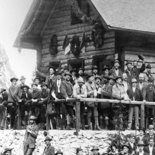 Einweihung der Höllentalangerhütte, 1894. Archiv des DAV, München