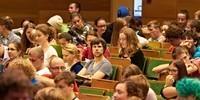 Das Plenum ist ziemlich gut besetzt