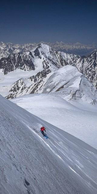 Dreh- und Angelpunkt: Eine saubere und sichere Skitechnik. Foto: Silvan Metz