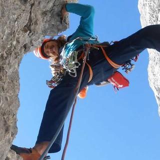 Julius Kerscher beim Klettern an der Karlspitze, Wilder Kaiser