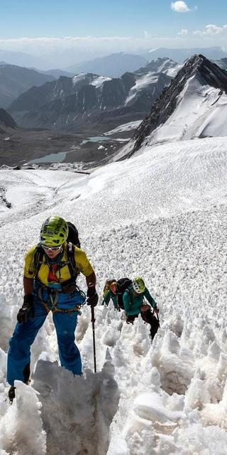Der Damen-Expeditionskader auf Abschlussexpedition in Tadschikistan, Foto: Dörte Pietron