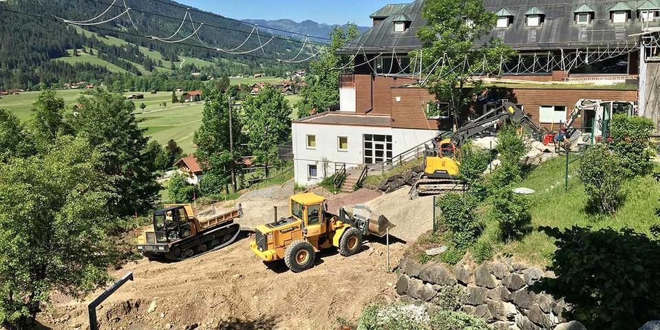 Arbeit für neue Multifunktionsfläche in vollem Gang, 27.05.2020; Foto: Jubi/Samuel Levermann