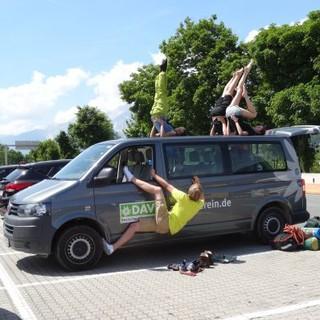Akrobatische Einlagen auch in den Pausen. Foto: JDAV / Lena Behrendes