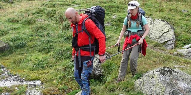 Anspruchsvolle Passagen erfordern Teamwork. Foto: Sascha Mache