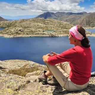 Der Estany de Mar ist einer unzähligen Hochgebirgssee des Nationalparks Aigüetortes i Estany de Sant Maurici. Foto: Annika Müller
