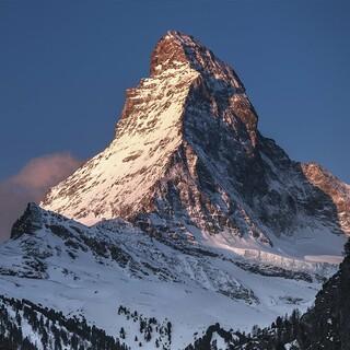 Eindrucksvoll: Das Matterhorn im Abendlicht. Foto: Red Bull Content Pool/Andrew Geraci