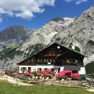 Die Pfeishütte im Karwendel, Foto: Michael Kirchmayer