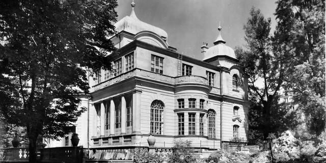 Das Museum von der Gartenseite um 1930. Foto: Archiv des DAV, München