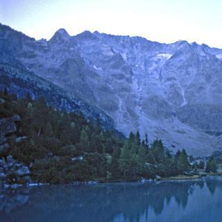 Lago-d-Aviolo-Adamello