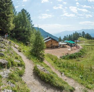 Eine schöne Einkehrmöglichkeit entlang der Bisse de Tsittoret: die Alpage du Sex. Foto: Bernd Jung