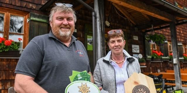 Hermann und Carolina Isser, die engagierten Wirtsleute der Neue Magdeburger Hütte, Foto: Daniel Liebl
