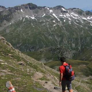 Zur Hohen Geißl - Lohnende Extratour: Die Hohe Geißl ist der Hausberg der Hagener Hütte, mit Blick auf die Nördlichen Kalkalpen mit der Dachsteingruppe.