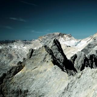 Jubiläumsgrat - Schmal und sehr lang führt der Grat von der Zugspitze zur Grieskarscharte.