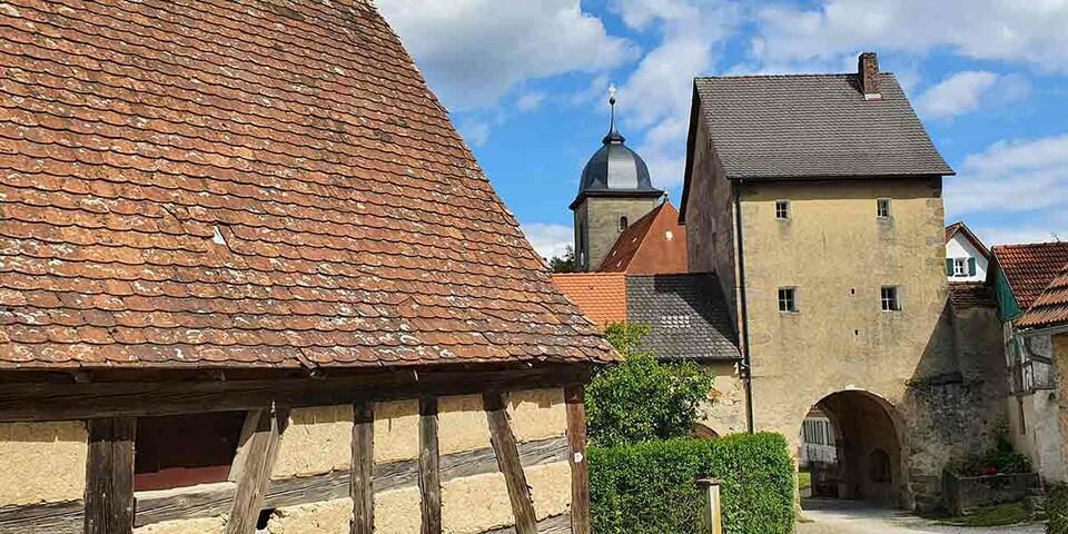 Bilderbuch-Fachwerk in der Fränkischen Schweiz, hier in Betzenstein. Foto: Christof Herrmann