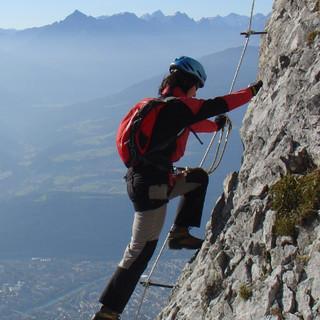 Nachmittagsstimmung über dem Inntal, Innsbrucker Klettersteig, Karwendel, Tirol, Österreich