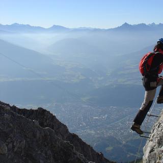 Nachmittagsstimmung über dem Inntal, Inssbrucker Klettersteig, Karwendel, Tirol, Oesterreich