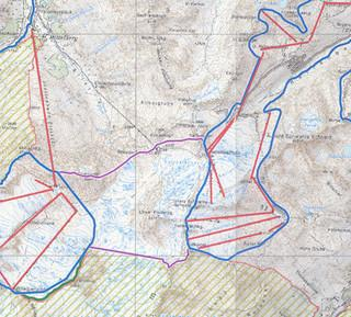 Raumordnungsprogramm Tirol: die benötigte Fläche zwischen den bestehenden Skigebieten (blau) ist bereits als Erweiterungsfläche ausgewiesen worden (lila) und vom Ruhegebiet (gelb) ausgespart worden.