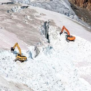 Pitztal-Bauarbeiten-am-Gletscher-WWF-Vincent-Sufiyan