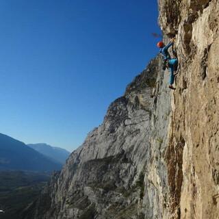 Jetzt bewerben für das nächste Nachwuchscamp - statt Granit gibts Arco-Kalk. Foto: Fritz Miller