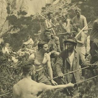 Arbeitseinsatz beim Bau der Haindelkarhütte, 1923. Archiv des DAV, München