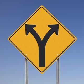 Verkehrsschild-rechts-links