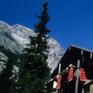 Wo man singt, da lass dich nieder: Auf der Reintalangerhütte ist meistens was geboten.