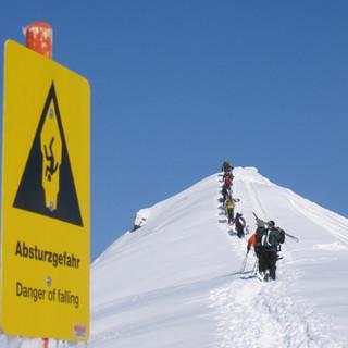CYR 1.5 Skitour Schild JDAV KWT 017 Strasser-Loeder