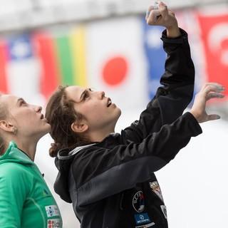 Janja Garnbrett und Staša Gejo bei der Besichtigung auf dem BWC 2017. Foto: DAV/Nils Nöll