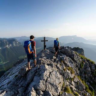 Viele Menschen zieht es jetzt in die Berge. Foto: DAV/Wolfgang Ehn
