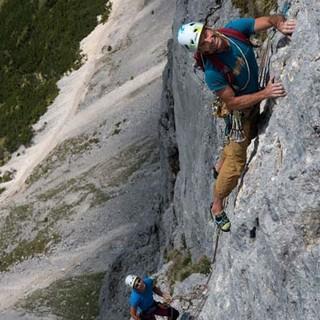 "Fels vom Feinsten. ""Kuschelrock"" am Gimpel-Vorbau bietet anregende Kletterei in oft perfektem Fels. Foto: Christian Pfanzelt"